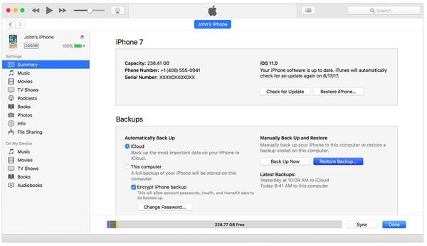 Connectez l'iPhone à iTunes