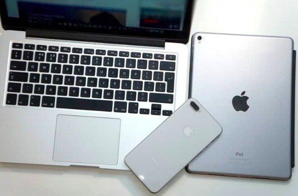 コンピュータ/ iOSデバイスを再起動します